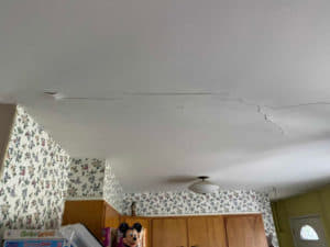 crack in ceiling